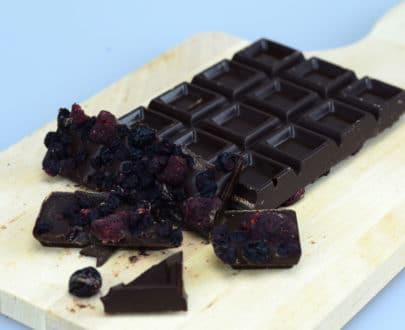 Cioccolato fondente ai frutti di bosco