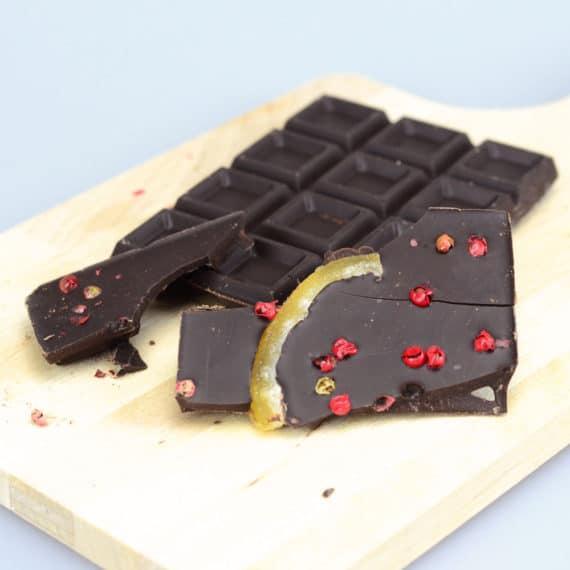 Cioccolato fondente con lime e pepe rosa