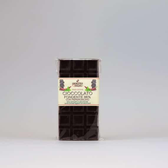 Cioccolato fondente al peperoncino dolcificato con stevia